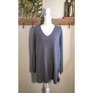 NWT Lafayette 148 New York Ribbed V-Neck Sweater